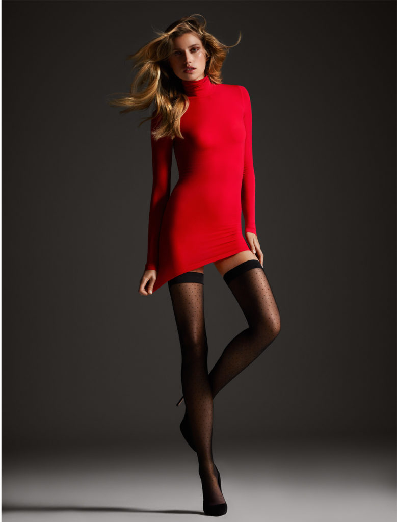 http://company.wolford.com/wp-content/uploads/2014/07/Gift-Guide-Lipstick_02-779x1024.jpg